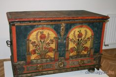 Antique painted chest - Hungary
