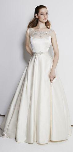 pretty wedding dress by Henry Roth