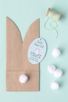 """Easy Easter """"Bunny Tail"""" Favor Bags Whether your hosting an Easter gathering this year or looking for a fun craft for the kids these cute Easter bunny goody bags are the perfect Easter DIY! Easter Birthday Party, Bunny Birthday, Birthday Gifts, Cute Easter Bunny, Hoppy Easter, Easter Crafts For Kids, Baby Crafts, Bunny Party, Bunny Tail"""