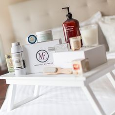 Indulge in some ME time every month with a subscription to Monthly Express. Monthly Express is your key to luxurious relaxation, delivering a beautifully wrapped box containing deluxe-sized boutique products for body, home, & spirit every month.