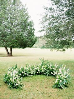 A Wedding Ceremony Trend We're Loving: Grounded Floral Arches Circle Wedding Ceremonies, Wedding Ceremony Flowers, Wedding Ceremony Decorations, Floral Wedding, Wedding Arches, Birch Wedding, Wedding Backdrops, Ceremony Backdrop, Forest Wedding