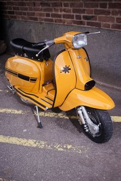 Lambretta dl 150 Yellow ochre