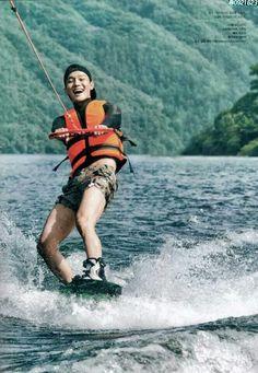 Chen wakeboarding :D #jongdae #chen #exo