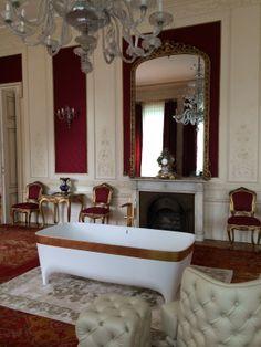 Accademia #bathtub in a very special and luxury setting: Palazzo Venezia, the Italian General Consulate Istanbul - Turkey #design