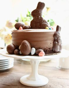 My Sweet Savannah: transform a store bought cake - easter - recipes ideas recipes ideas families recipes ideas healthy recipes ideas sides recipes ideas simple easter brunch easter dessert easy Slow Cooker Desserts, Cooker Recipes, Easter Dinner, Easter Brunch, Holiday Treats, Holiday Recipes, Recipes Dinner, Ramen Recipes, Cabbage Recipes