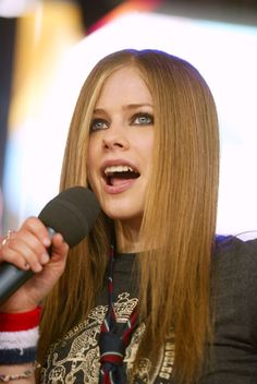 Straighteners were in. | 26 Little Reminders That Hair Was Best In 2002