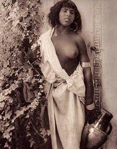 Orientalism - Woman, Morocco, Lehnert and Landrock, c.1924 .
