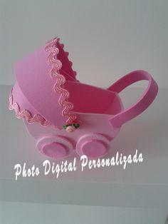 Lembrança de chá de bebê ,fraldas ou nascimento. Confeccionado em EVA, pode ser feito em qualquer cor. Embalados um a um em plástico individual e fita de cetim. Acompanha Tag personalizada com dizeres a escolher.