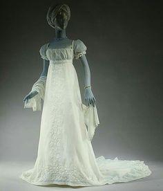 Evening dress, ca. 1803 Victoria and Albert Museum