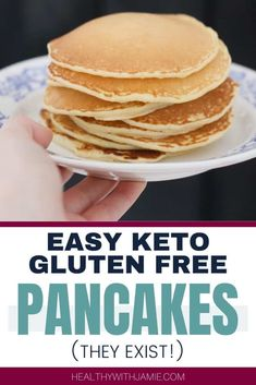 I had a craving for pancakes and decided I needed to come up with an easy and delicious Keto and gluten free pancake recipe! Low Carb Breakfast, Healthy Breakfast Recipes, Healthy Recipes, Breakfast Ideas, Pancake Recipes, Easy Recipes, Snack Recipes, Dessert Recipes, Healthy Eating