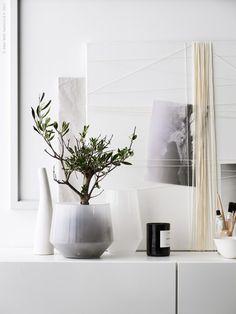 My latest work for IKEA Livet hemma. Decorating Blogs, Interior Decorating, Interior Styling, Interior Design, Decoration Piece, Piece A Vivre, Minimalist Home, Home Decor Inspiration, Home Accessories