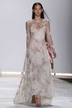 Monique Lhuillier. The Ultimate in Bridal from NYFW. http://blog.rileygrey.com/?p=1325