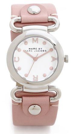 pale #pink Marc Jacobs watch http://rstyle.me/n/jvbbzr9te