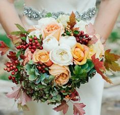 Wedding Bouquets The perfect bouquet for a Fall wedding! - Back to Main Wedding Bouquet Gallery Read more - Autumn wedding bouquet. Bridal Bouquet Fall, Fall Bouquets, Fall Wedding Bouquets, Fall Wedding Flowers, Fall Wedding Colors, Fall Flowers, Autumn Wedding, Floral Wedding, Bridal Flowers