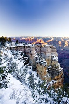 For those visiting the Grand Canyon in winter, there are some essential planning tips and recommendations you should keep in mind. Check them out here:
