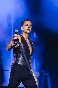 Dave Gahan @ ACL Music Festival - 10/4/2013 - Photo by Tim Griffin