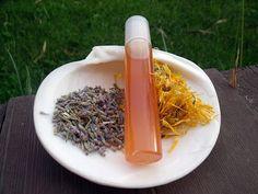 Misha Beauty - přírodní kosmetika a jiné DIY projekty : Roll-on na štípance od hmyzu Natural Cosmetics, Homemade, Tips, Home Made, Hand Made, Natural Beauty Products, Counseling