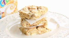 Blogger Christy Denney, from a sister site, Tablespoon.com shares a recipe. A twist on the classic cereal and marshmallow bar using Cinnamon Toast Crunch® cereal.