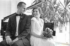 Elsabeth + Matt Featured Wedding Couple | Bride Meets Wedding | Photos by Macy Marie Photography | Iowa, Illinois and Wisconsin Wedding Inspiration and Planning Information