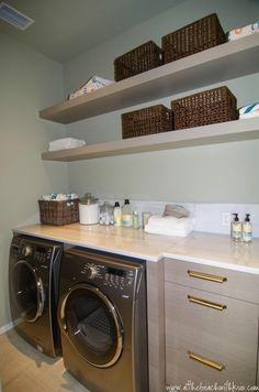 At the Beach with Kris: 2012 Ultimate Beach House - Interior Design by Erika Powell. Gorgeous laundry room ...