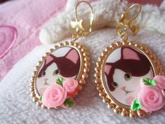 kawaii kitty earrings