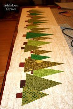 Addy Lou Creates: Handmade Christmas Cheer {Tree Table Runner:Tutorial} También puede ser una actividad para niños en papel contínuo y retales de papel para los árboles