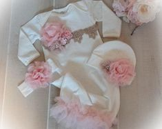 Personalized Newborn Girl Coming Home Outfit Girl Gown Baby Girl Gown Baby Shower Gift Floral Pink Newborn Gown – Cute Adorable Baby Outfits Baby Girl Caps, Baby Girl Romper, Ruffle Romper, Dress Girl, Girls Coming Home Outfit, Take Home Outfit, Leopard Print Baby, Bringing Baby Home, Gifts For Newborn Girl