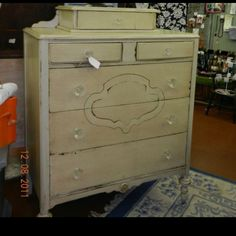 Antique hand painted dresser.. New knobs!