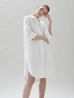 Minimalist Fashion Women, Minimalist Chic, Minimalist Dresses, Minimal Fashion, White Fashion, White Dress Summer, Summer Dresses, Moda Fashion, Womens Fashion