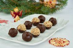 Zdravé vánoční cukroví: 5 receptů, které vás nadchnou! | Pro ženy | Blesk.cz Christmas Candy, Cereal, Deserts, Muffin, Keto, Cookies, Breakfast, Food, Fitness