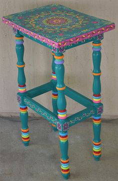 Made to Order Item. SOLD. Its not for sale. This is a sample. Just finished another small table. Its a custom order. Base color is a turquoise. Custom orders take some time to finish, please contact for details. Hand painted solid wood accent table, size 17 x 12.5 x 30 inches. Boho style. Local pickup is also available. Item itself weights approx 14 lb. The packaged item weights about 20 lb. All artwork created by Janna Matkovski.