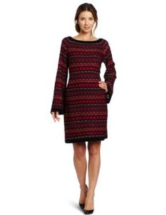 This is very nice #Shelli Segal #woollenclothing #wooldesigns #fashion #knittingideas #knittingpatterns www.wantknittingsupplies.com