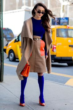 Color Blocking - Creative Winter Outfit Ideas From New York Fashion Week Street Style - Photos Street Style 2018, New York Fashion Week Street Style, Street Style Trends, Autumn Street Style, Street Style Looks, Street Chic, Street Style Women, Street Fashion, Runway Fashion