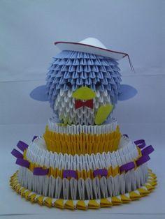 3D Origami - Tuxedo Sam on Cake
