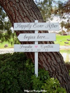 DiReCTioNaL WeDDiNg SiGnS - Rustic Wedding Sign - HaPPiLy EVeR AfTeR SiGn by lizzieandcompany, etsy