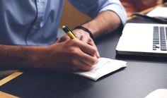 Le Mini Guide pour externaliser sa comptabilité comme un Pro https://www.smallbusinessact.com/blog/externaliser-comptabilite/ | #ExpertComptable #PME #TPE