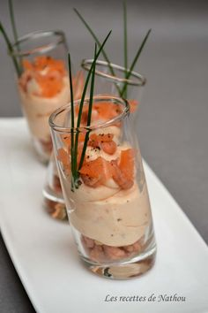 My cuisine according to my ideas …: Verrines of smoked salmon mousse and shrimps Smoked Salmon Mousse, Smoked Salmon Recipes, Great Appetizers, Appetizer Recipes, Fingerfood Party, Gula, Pan Seared Salmon, Snacks, Appetisers