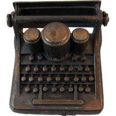 Dollhouse Miniature Typewriter Cast Metal Durham Industries 1976