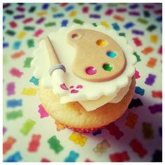Cupcakes for an artist Pretty Cupcakes, Fun Cupcakes, Fondant Cakes, Cupcake Cakes, Fondant Toppers, Cupcake Toppers, Cakepops, Cakes Plus, Custom Cupcakes