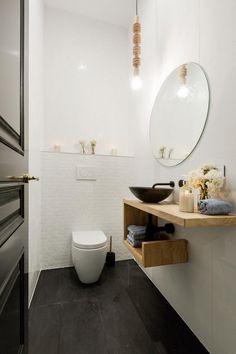 Idée #déco pour les #toilettes ! http://www.m-habitat.fr/installations-sanitaires/toilettes/comment-amenager-des-toilettes-quelques-idees-deco-695_A
