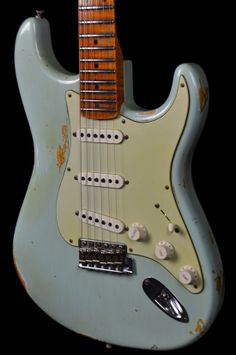 Wild West Guitars : Fender Custom Shop 1956 Heavy Relic Stratocaster Sonic Blue - AA Flame Neck