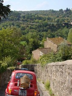 Driving in Tuscany in a Fiat 500