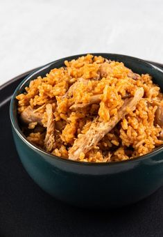 Instant Pot Mexican Rice (Spanish Rice)   Tested by Amy + Jacky Chicken And Spanish Rice, Instant Pot Dinner Recipes, Pressure Cooker Recipes, How To Dry Oregano, One Pot Meals, Food Preparation, Rice Recipes, Food Hacks, Main Dishes