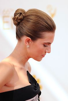 Allison Williams' chignon is the perfect wedding hairstyle for a veil   Brides.com