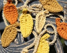 2014 Thanksgiving Fall Leaf Garland Crochet Pattern - Autumn Garland, Thanksgiving Decor, Iron Door Decor