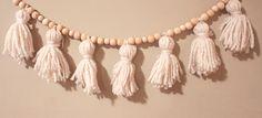 DIY Tassel christmas garland- mama to macy blog
