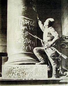 graffiti berlin Red army 1945