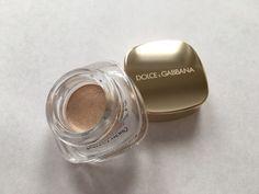 Shimmer, shimmer, shimmer. Dolce and Gabbana cream eye color in Pearl Dust