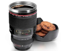 This high quality and super detailed camera lens is actually a coffee mug you can drink out of! The camera lens coffee mug is a great gift for photography enthusiasts, and will surely turn many heads when people see you drinking out of it.
