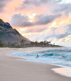 Sunset in Mokuleia, Hawaii